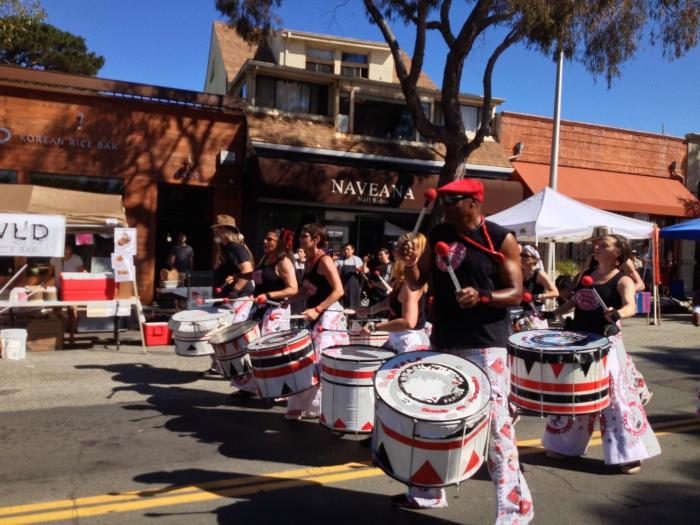 Samba drummers Solano Stroll