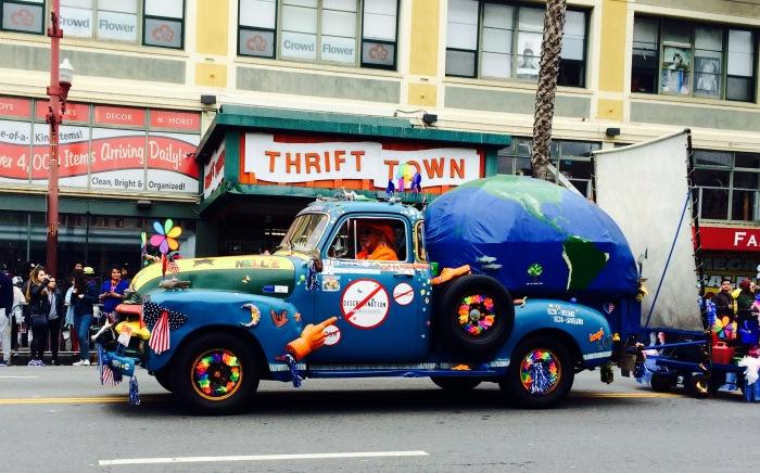 Earth Truck