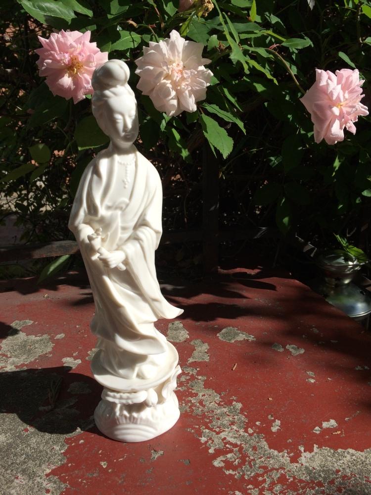 Kwan Yen among the Roses